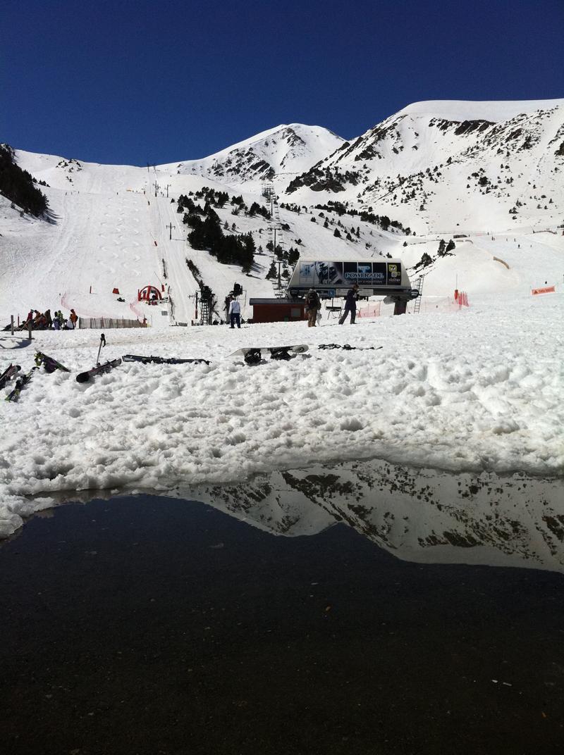 esquiar-tota-la-temporada-per-32-al-mes-si-aixo-ja-es-possible