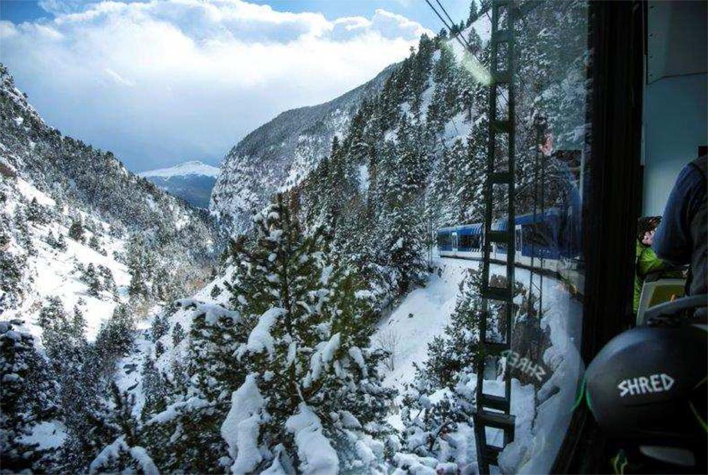 cremallera-vall-de-nuria-hivern.