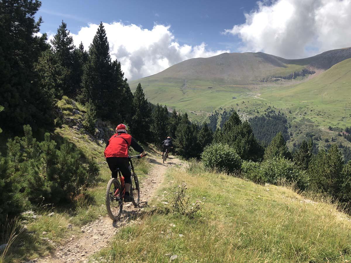 la-molina-dh-bike-park-descenso-foto-ivan-sanz