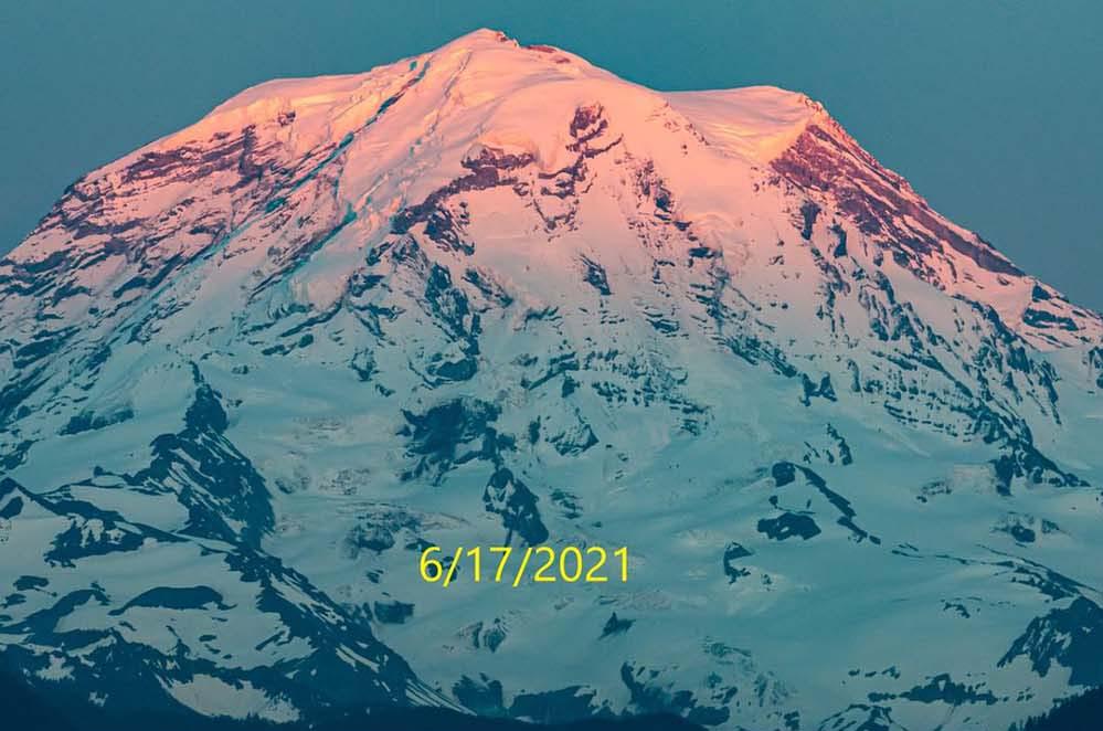 mount-rainier-kelley-cyr-facebook-washington-hikers-and-climbers-1706202