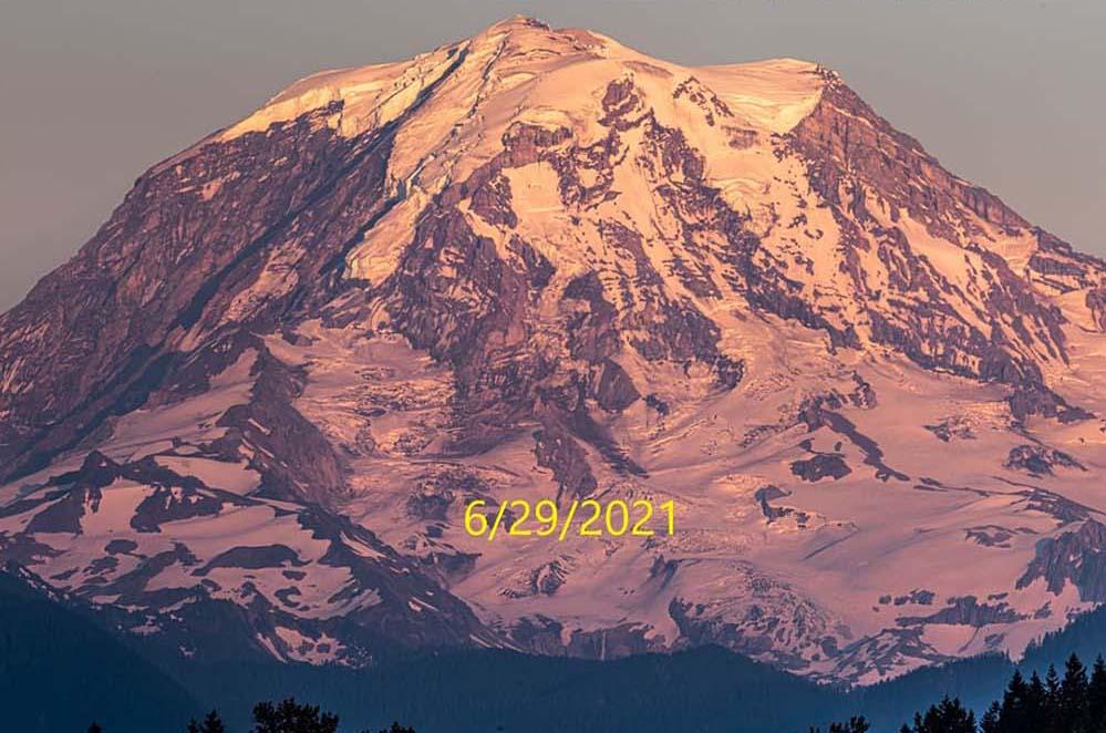 mount-rainier-kelley-cyr-facebook-washington-hikers-and-climbers-29062021