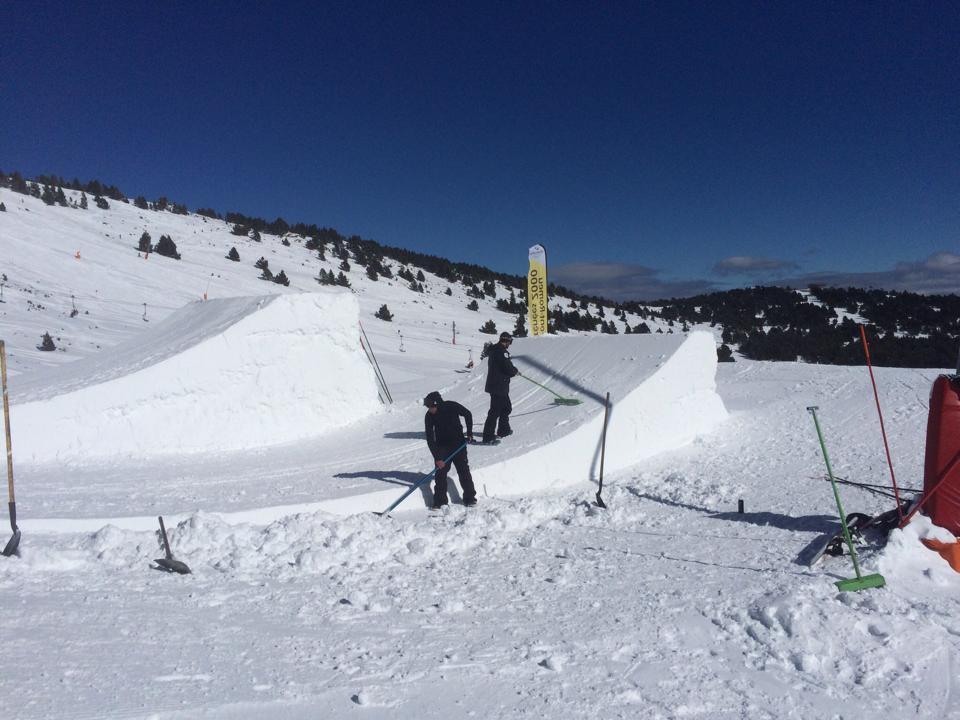 Accident Mortal A L 39 Snowpark De Font Romeu Diari De La Neu