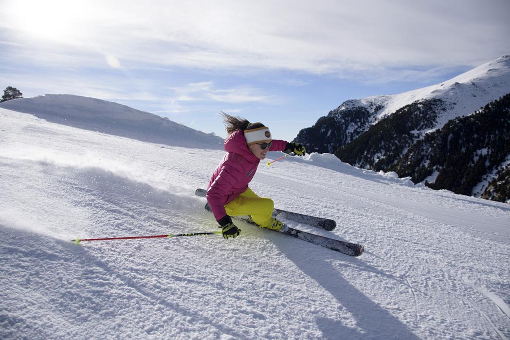 vall-de-nuria-esquiadora-foto-oml