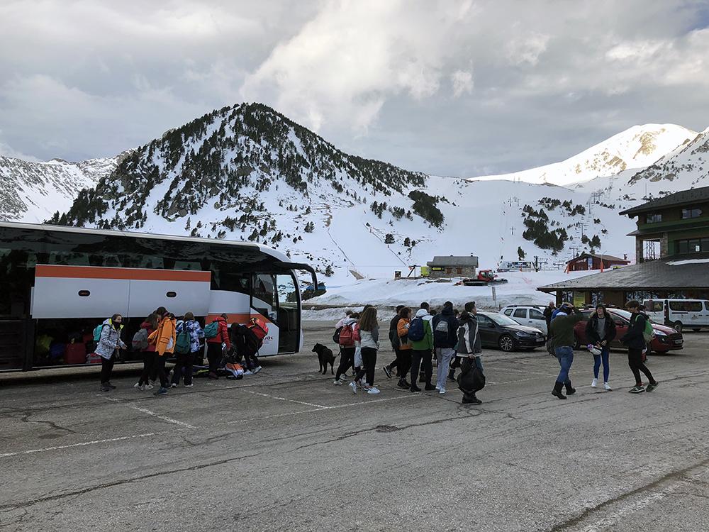 vallter-alumnes-ski-bus-autocar
